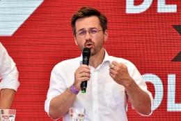 wahl-2021:-spd-chef-kutschaty-in-moers:-handwerker-besser-unterstuetzen